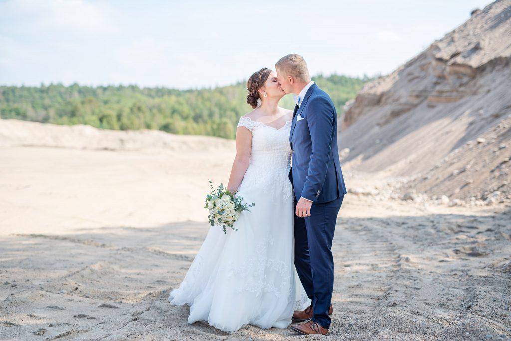Evelinas-foto-Fotograf-Evelina-Grönlund-Anna-Karl-Bröllop-Frillesås-2019-31e-augusti-116