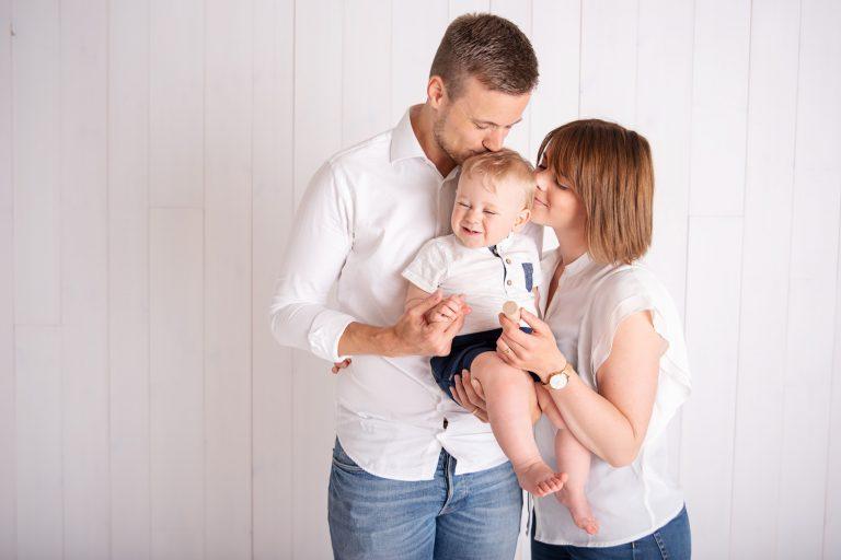 Sara, Max & Albin – Familjefotografering i studion